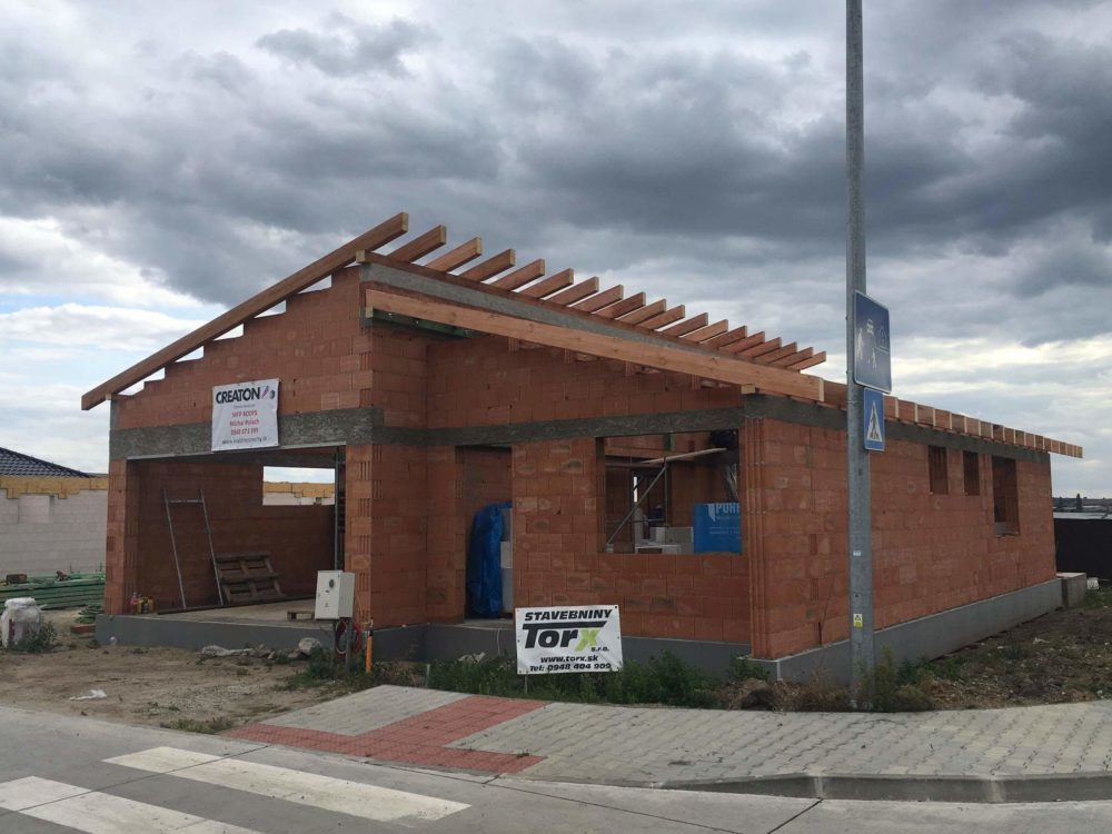 Realizácia novostavba Skalica – Creaton Kapstadt sivá